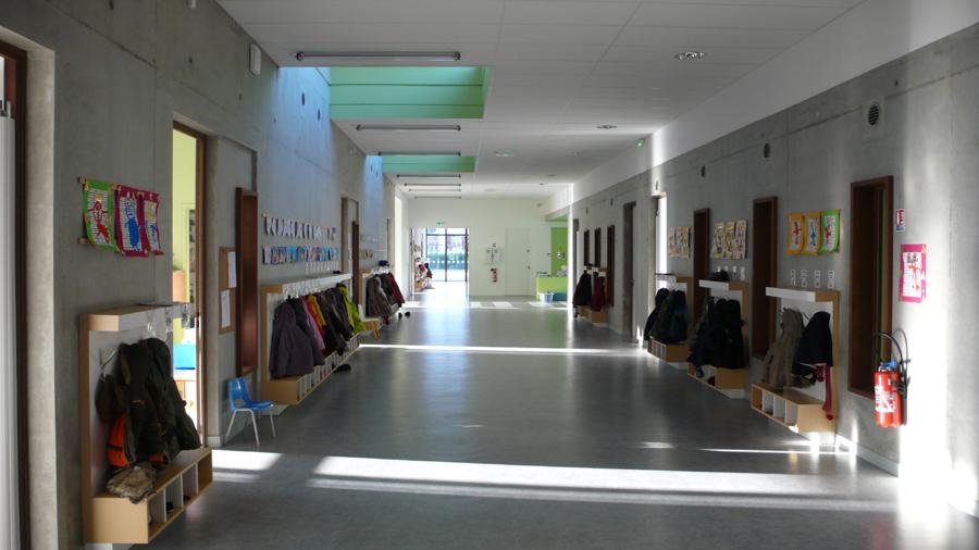 Ecole Maternelle Restaurant Scolaire Et Cr Che Du Versoud